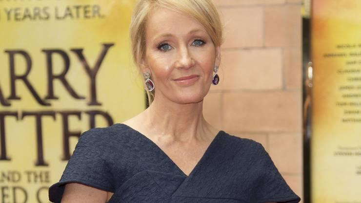 Ihre Fantasie ist noch lange nicht ausgeschöpft: Gerade sind drei neue E-Books von Harry-Potter-Erfinderin J.K. Rowling erschienen. (Archivbild)