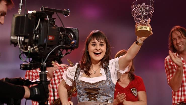 Sandra Ledermann aus Welschenrohr wurde am Silvesterstadl ausgezeichnet