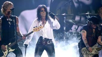 Johnny Depp spielte am 15. Februar 2016 mit seinen Hollywood Vampires in Los Angeles (Archiv)