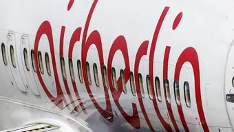 Darf nicht abheben: Wegen offener Flughafengebühren verweigert ein isländischer Flughafen einer Air Berlin-Maschine den Abflug. (Archivbild)