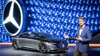 Ola Källenius präsentiert die Zukunftsstudie Vision Mercedes EQS.