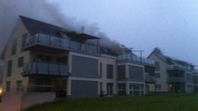 Beim Brand entstand hoher Sachschaden.
