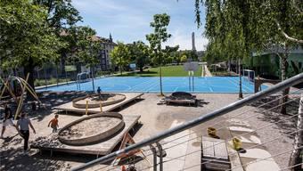 Die Dreirosenanlage: Spielplatz, Sportplatz und Aufenthaltszone in einem – und zunehmend eine der heissesten Konfliktzonen der Stadt. Nicole Nars-Zimmer