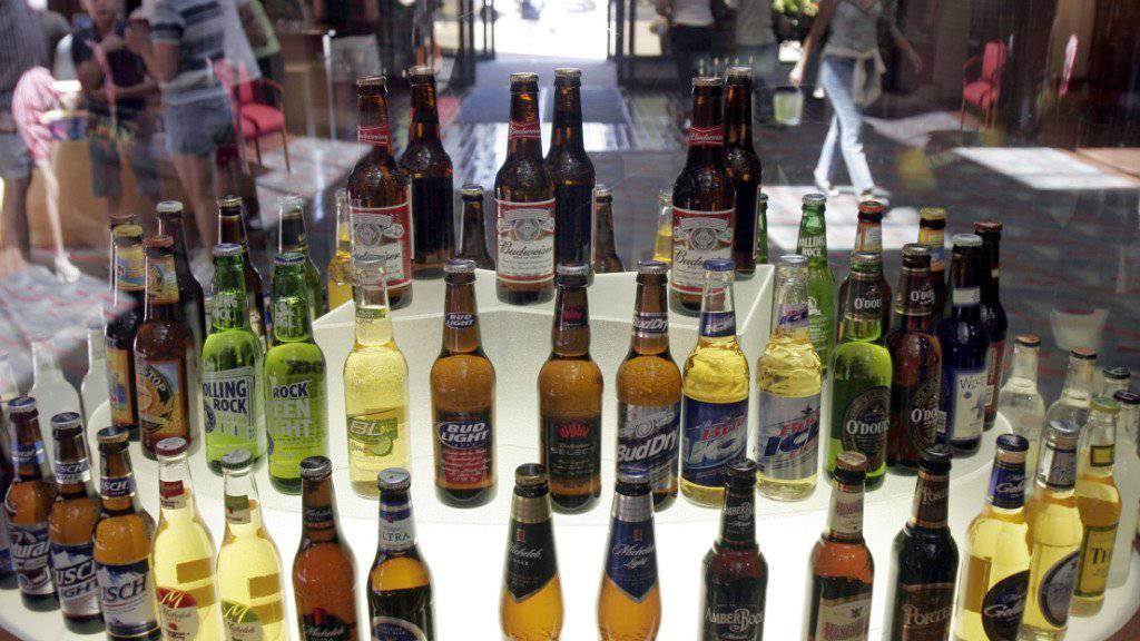 Will sein Bierimperium um Budweiser und Corona noch erweitern: Der weltgrösste Brauereikonzern Anheuser-Busch InBev aus Belgien will die weltweite Nummer zwei schlucken.