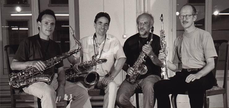 Ein wichtiges Ensemble in Martin Schlumpfs Leben: das Aargauer Saxofon-Quartett im Jahr 1990. Von links: Mathias Baumann (Tenorsax), Beat Blaser (Baritonsax), Georges Müller (Altsax), Martin Schlumpf (Sopransax).
