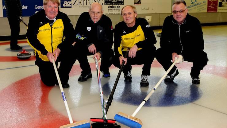 Der CC Grenchen gewinnt das 17. Ambassadoren-Turnier in Nennigkofen. Von links: Mario Flückiger (Skip), Markus Känzig, Pierre Hug und Jean-Pierre Rütsche.