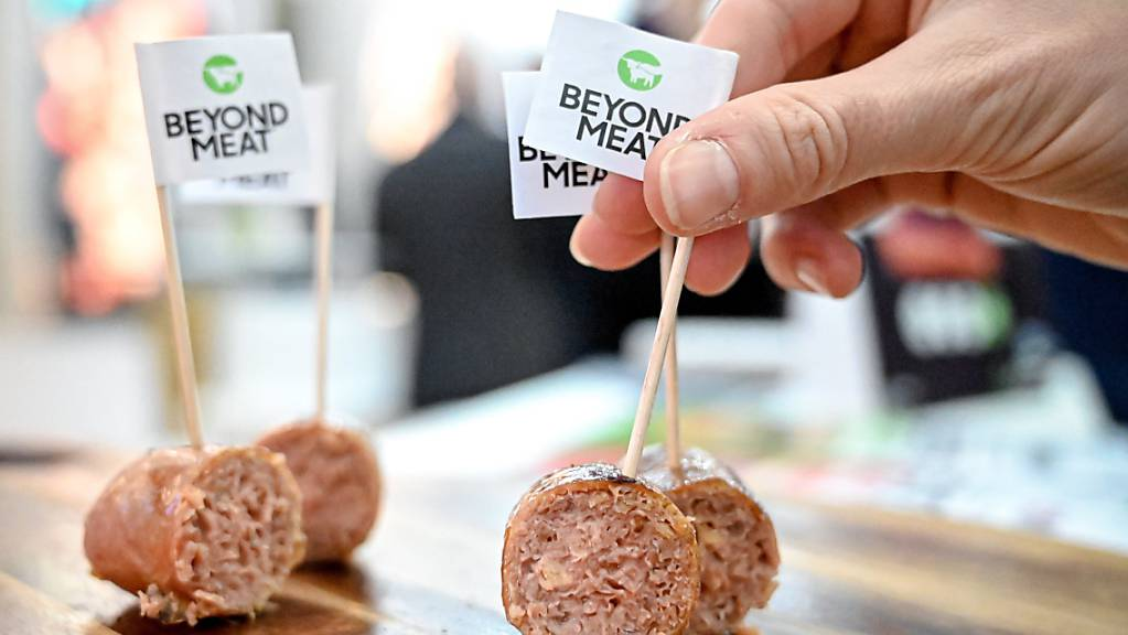 Fleischersatz-Produkte von Beyond Meat waren in den vergangenen Monaten in den USA stärker gefragt. (Archivbild)