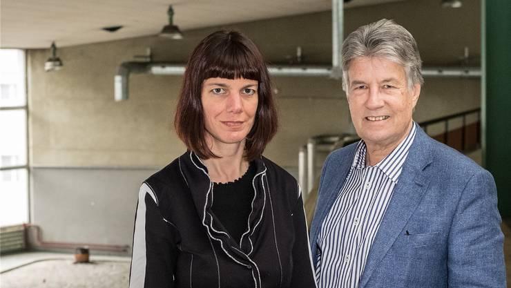 Die Co-Präsidenten des Verbands Kultur Baselland, Irene Maag und Marc Joset, auf der Galerie der ehemaligen Abfüllhalle des Ziegelhofs in Liestal. Der Verband hofft, dass er und die Kultur hier eine Heimat finden.