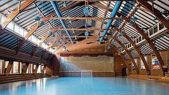 Altehrwürdig: Die Sporthalle Aue in Baden.