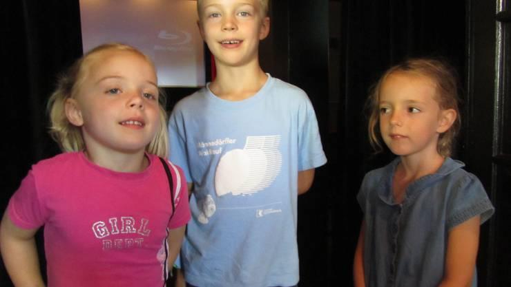 Lea (4) und Marvin (7) sind nach dem Kino wunschlos Glücklich aber Juliette (6) hätte gerne ein Flugzeug, wie das Mädchen in ihrem Lieblingsfilm