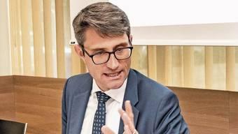 Gesundheitsdirektor Lukas Engelberger stellt klare Forderungen an die Kostenbeteiligung auf.