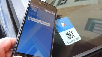 Immer mehr Leute bezahlen in Grenchen die Parkgebühren mit dem App ParkingPay