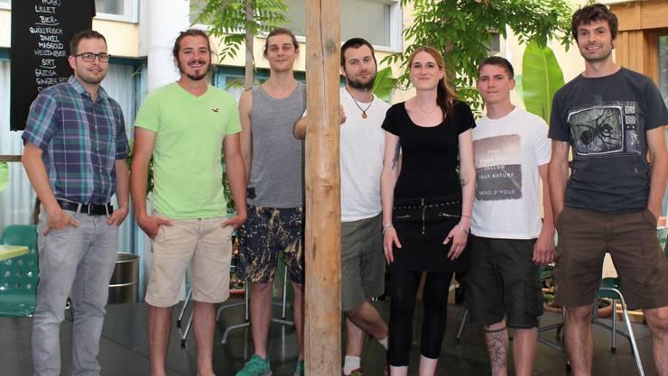 Marco Duschén, Thomas Meier, David Lochmann, Lukas Renckly, Elisabeth Kuhn, Sascha Roth und Christian Döbeli (von links) vom OK-Team des Vereins Zamba Loca setzen sich seit acht Jahren für ein regionales Open Air ein.