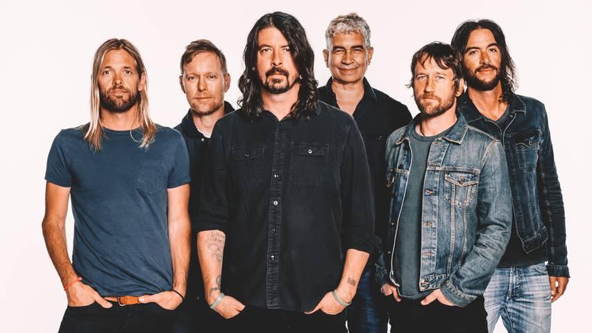 «The Dee Gees» – Foo Fighters veröffentlichen Disco-Album