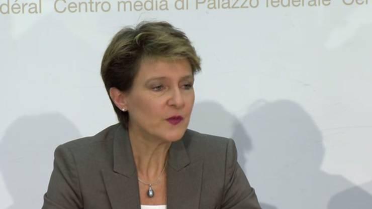 Bundespräsidentin Simonetta Sommaruga informierte am Mittwoch über die aktuelle Entwicklung.