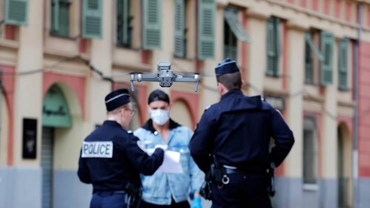 Luftüberwachung: Drohne in der französischen Stadt Nizza.