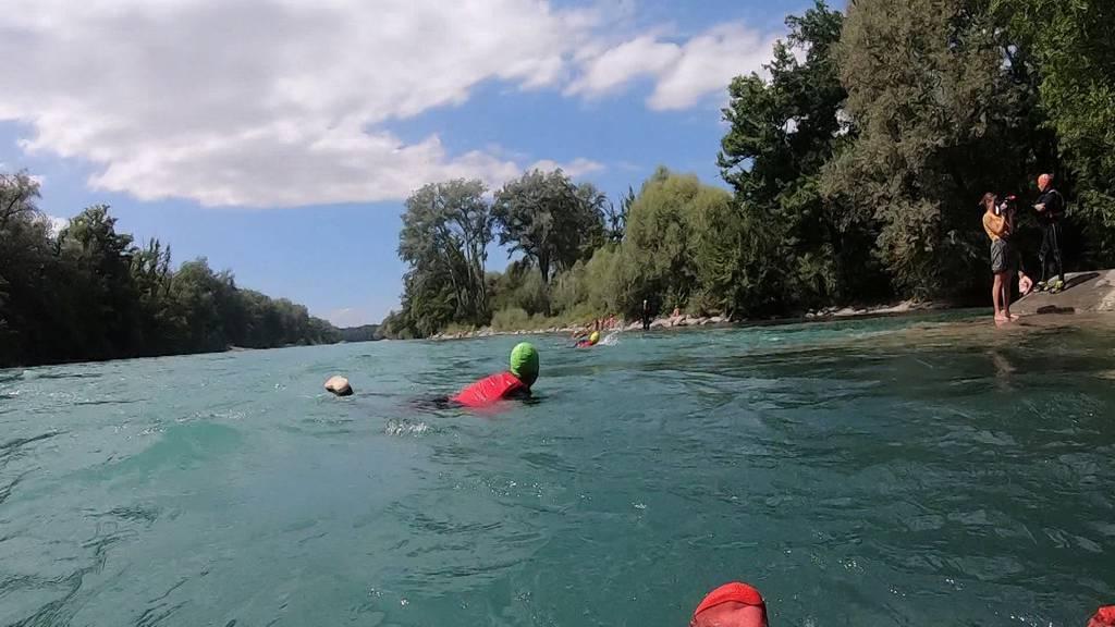 Mehr Sicherheit auf der Aare: SLRG Sektion Muri-Gümligen bietet Flussschwimmkurse für Kinder an
