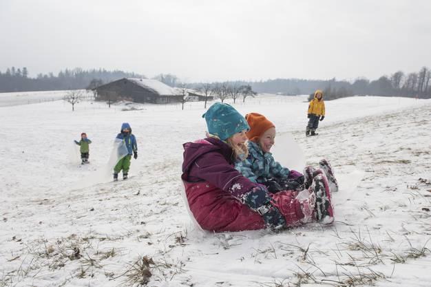 Schneesport vorbei Mit höheren Temperaturen und weniger Neuschneetagen im Winter dürfte der Spass im kalten Weiss im Mittelland selten werden.