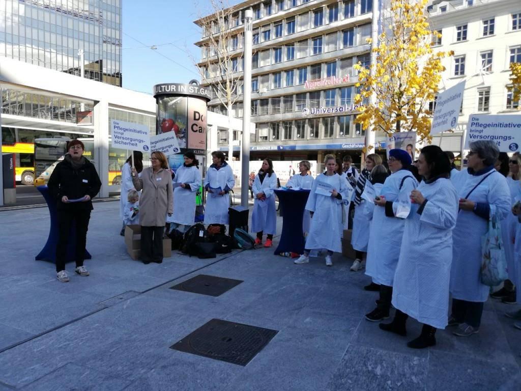 Pflegefachkräfte demonstrieren