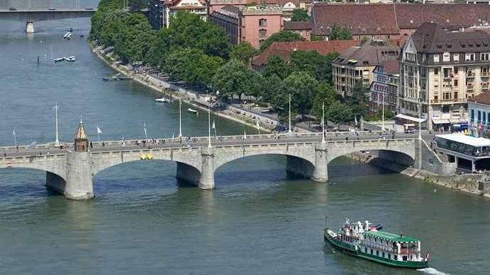 Wird wohl zum grössten Zankapfel werden: Eine Initiative will die Sperrung der mittleren Brücke bekämpfen. (Archiv)