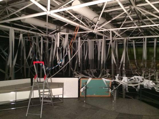 2014 wurde die Decke der Mensa «verschönert»