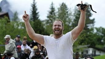 Benji von Ah gewinnt Bergkranzfest auf dem Stoos