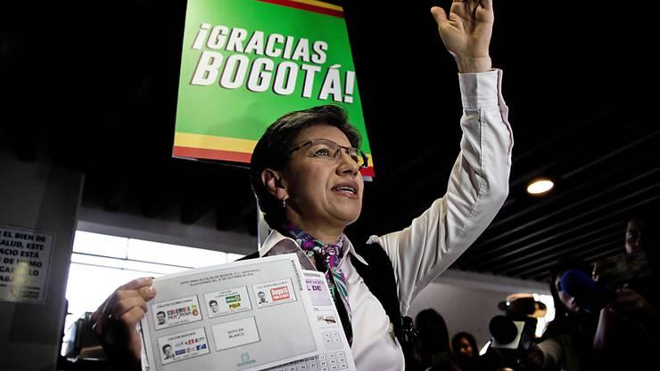 In der Hauptstadt Kolumbiens, Bogotá, wurde mit Claudia López am Sonntag (Ortszeit) erstmals eine Frau zur Bürgermeisterin gewählt.