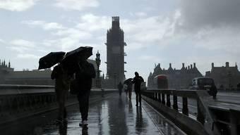 Die britsche Wirtschaft steuert auf eine Rezession zu. (Archiv)