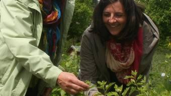 Silvia Senn und Claudia Cairone zeigen, welche Arzneimittel gegen welche Beschwerden helfen. zvg