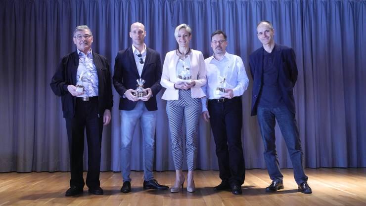 Gesamter Gemeinderat (v.l.): Enrico Frei (SVP), Matthias Zehnder (neu, FDP), Rahel von Planta (FDP, Präsidentin), Thomas Bernegger (CVP), Roland Hagenbucher (neu, SVP).