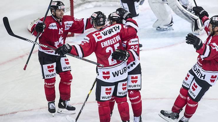 Torjubel von Team Canada, das am Spengler Cup einmal mehr im Final steht