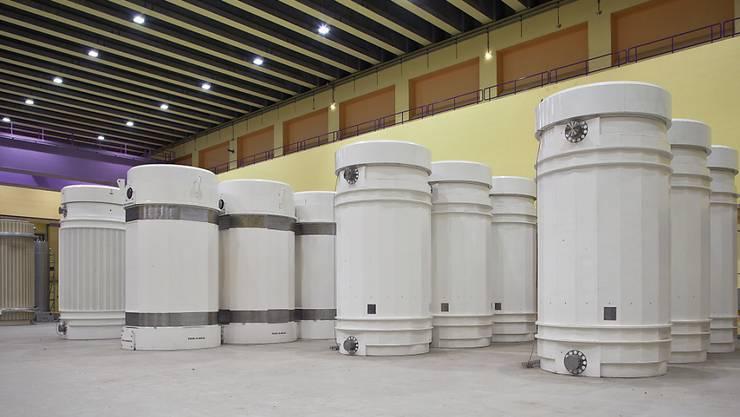 Transport- und Lagerbehälter für hochradioaktive Abfälle im Zwischenlager ZWILAG in Würenlingen. (Archivbild)
