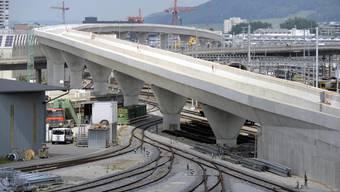 Die Brücken brauchen zusätzliche Verstärkung, nachdem bei statischen Planungen Fehler gemacht wurden. (Archiv)