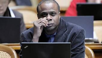 Lumengo tritt zwar aus seiner Partei aus, will seinen Sitz in der Grossen Kammer aber behalten
