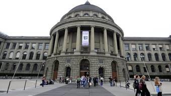 Die ETH Zürich rückte auf Rang 12 auf (Archiv)