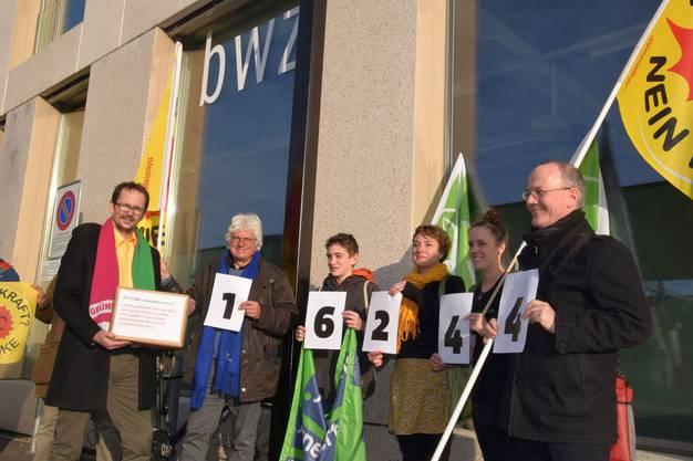 16244 Unterschriften sind in weniger als zwei Wochen zusammengekommen