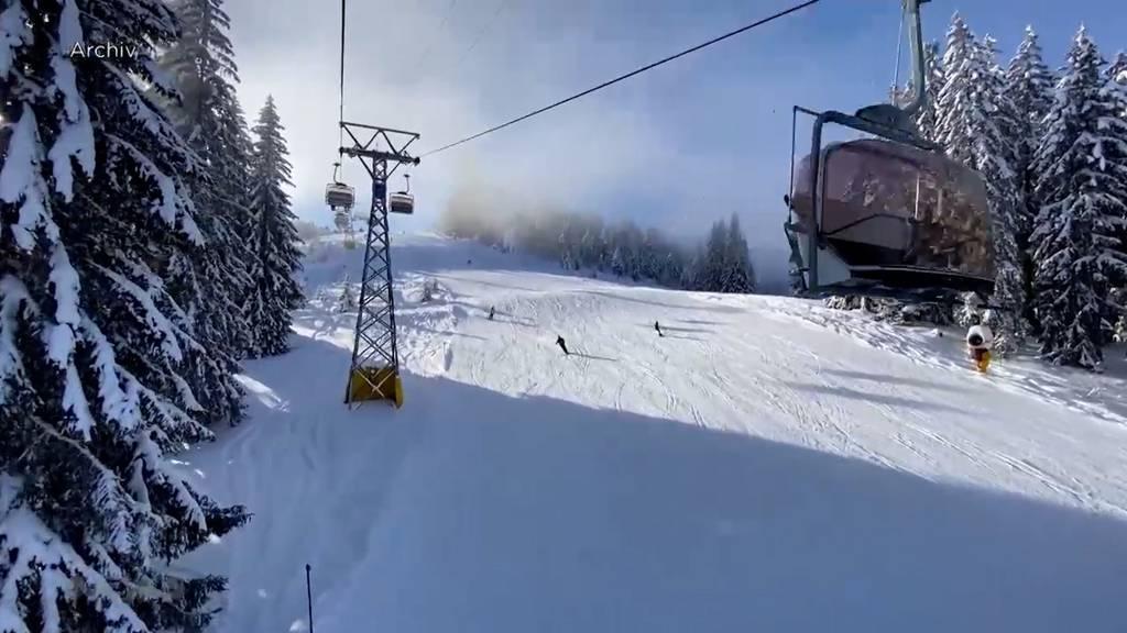 Kritik aus Deutschland: Warum darf man in der Schweiz trotz Lockdown Skifahren?