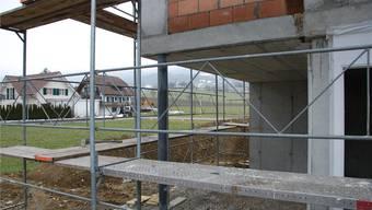 Ist derzeit im Thal nicht allzu häufig anzutreffen: Eine Baustelle für neues Wohneigentum im Bereich Einfamilienhaus.