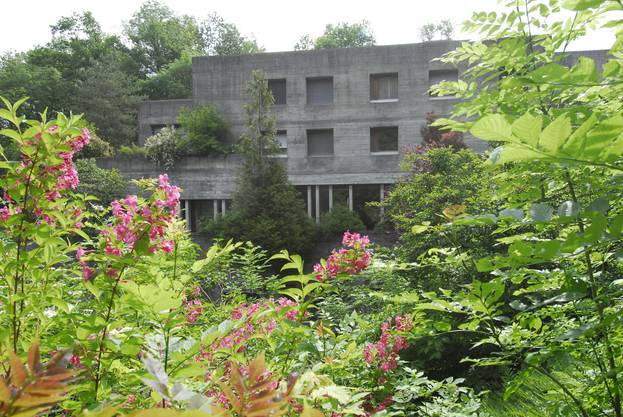 Das Franziskushaus in Dulliken wurde zwischen 1967 und 1969 in archaisch anmutender moderner Architektur gebaut. Besuche sind am Samstag ab 10.30 und ab 13.30 Uhr möglich.