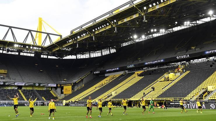 In Dortmund waren keine einundachtzigtausend Menschen im Stadion.