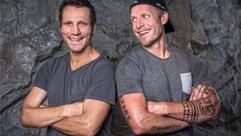 Zwei Typen, die sich gut verstehen: Marcel Jenni (l.) und Reto von Arx gehörten zu den Rock'n'Rollern des Schweizer Eishockeys und sorgten 2002 an den Olympischen Spielen in Salt Lake City für den berühmten «Bier-Skandal».