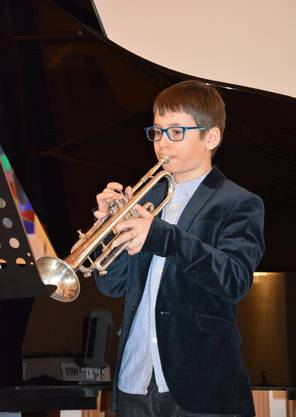 Loïc Ramuz trägt mit der Trompete «The Joker» vor.