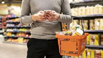 Seit rund zwei Wochen testet die Migros das neue «subitoGo». Damit können Kunden ihre Einkäufe via Smartphone erledigen.