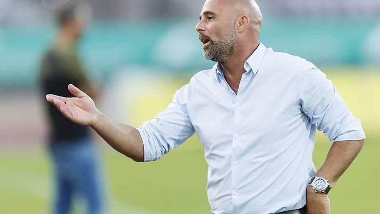 Für einmal muss Lausanne-Trainer Giorgio Contini hadern: Sein Team verliert beim Tabellenletzten Chiasso