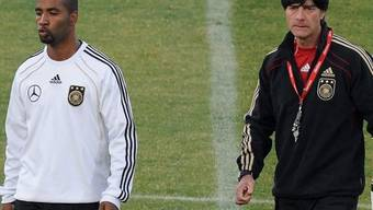 Jogi Löw (rechts) muss auch im Viertelfinal auf Cacau verzichten