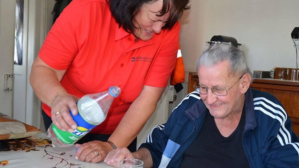 Gehört auch zu den Angeboten der Urner Bäuerinnen: Betreuung von Seniorinnen und Senioren.