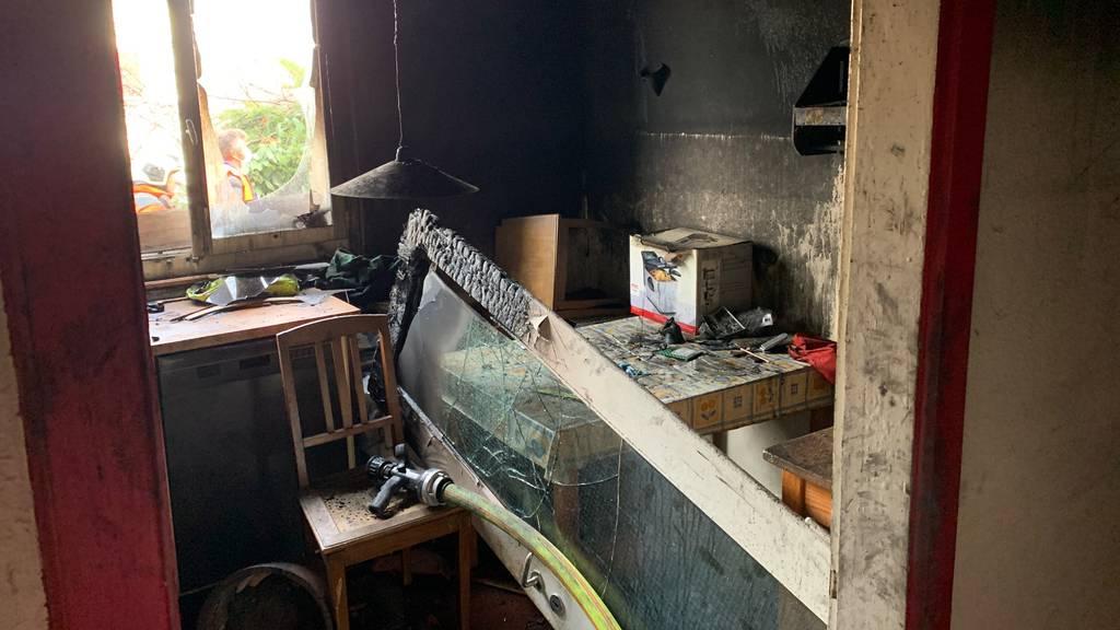 Der Brand ist offenbar ist der Küche des Hauses ausgebrochen.
