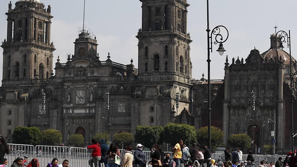 Halbe Million Menschen verlieren in Mexiko im April ihre Arbeit