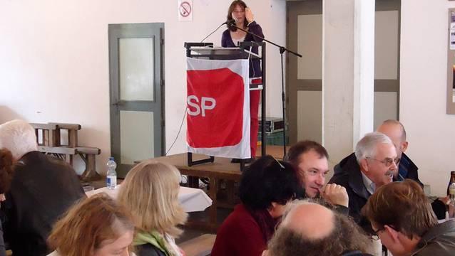 Auftritt von Silke Treusch an der 1.-Mai-Feier in Lenzburg.