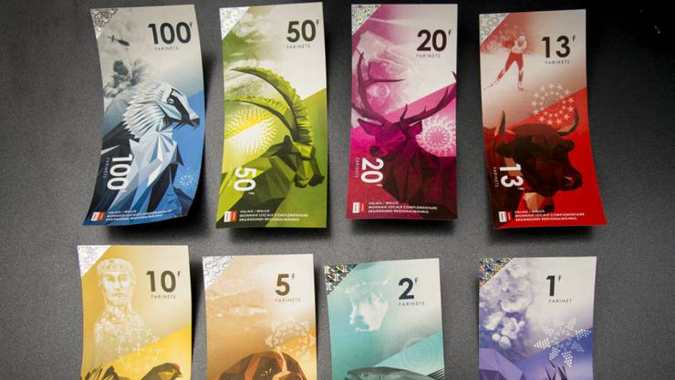 Die Idee der Lokalwährung ist auch in der Schweiz nicht ganz neu: Mit dem Farinet lancierte das Wallis seine eigene Währung. Die Währung gibt es in Scheinen mit einem Wert von 1, 2, 5, 10, 13, 20, 50 und 100 Farinets. Gedruckt wurden Scheine im Wert von 500'000 Farinets.